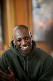 Omar Sy interpreta a Driss