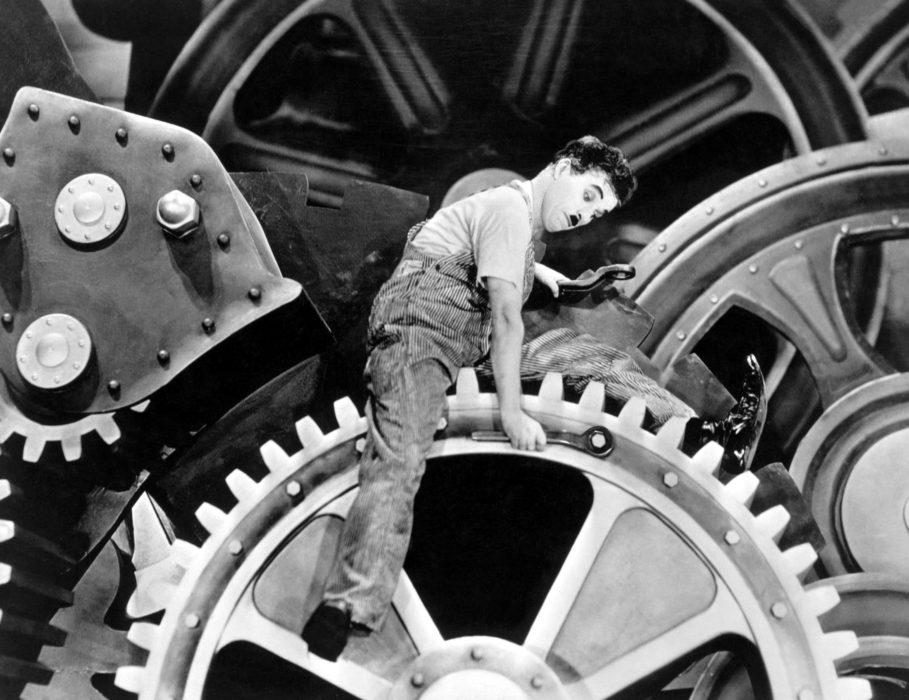 Charlie Chaplin en Tiempos modernos
